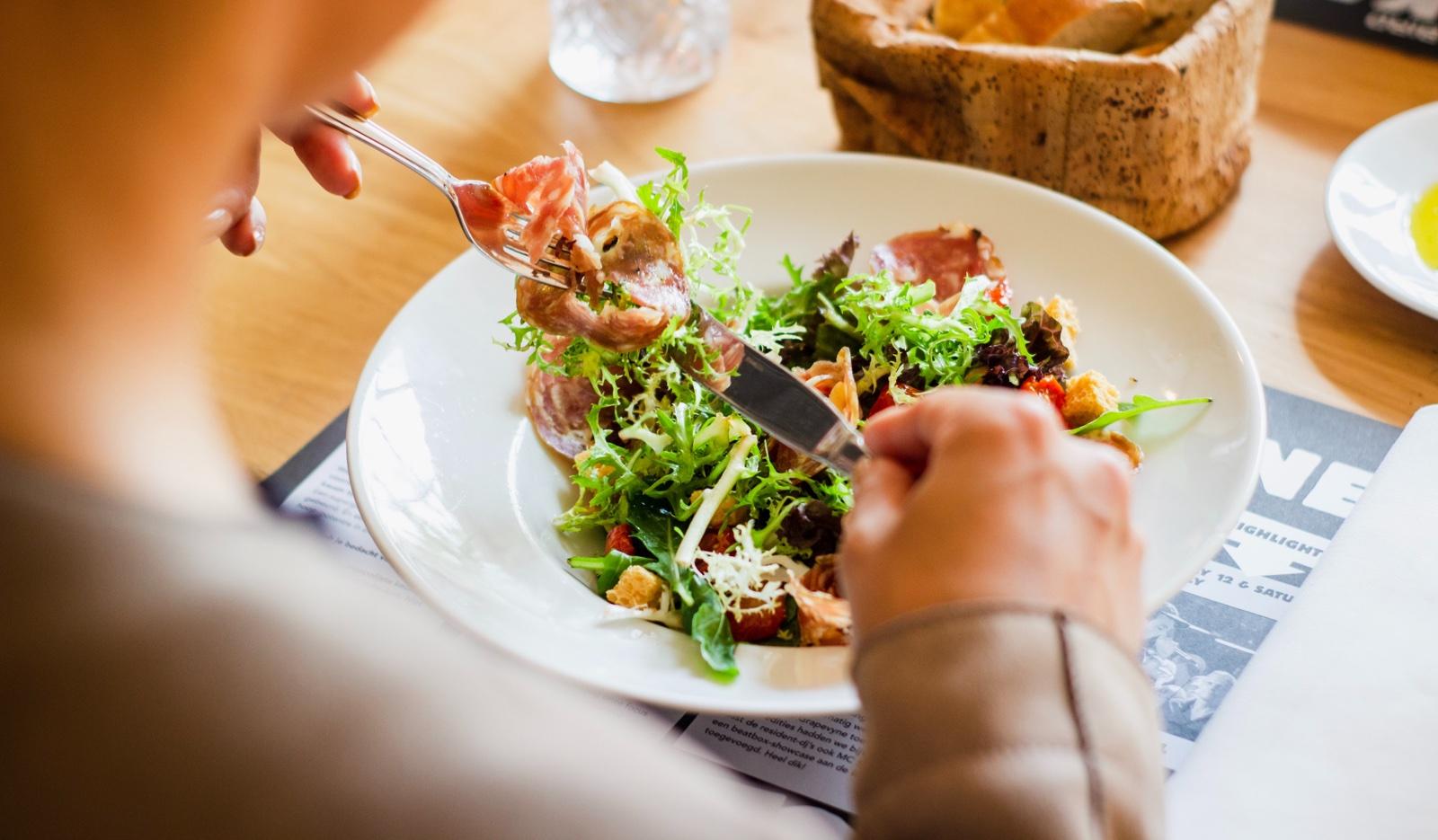 Cuidar la dieta para aliviar los juanetes
