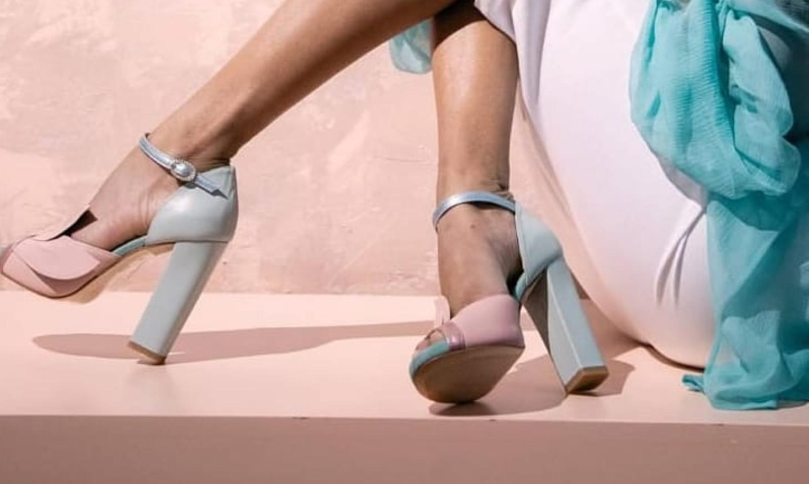 Frases inspiracionales sobre zapatos de mujer